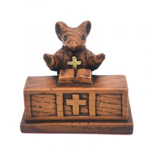 The Church Mouse Collection. Church Mouse standing at the alter