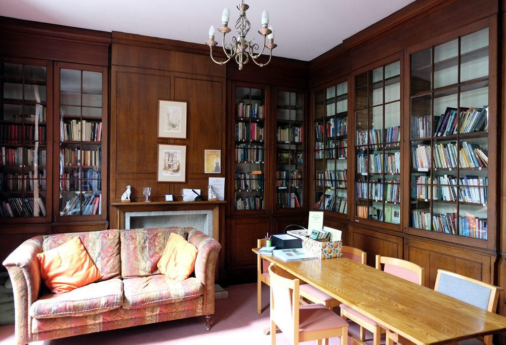 Library at Sacrista Prebend Retreat House